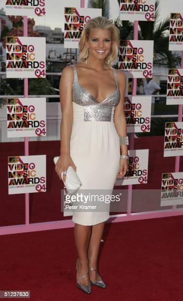 Singer Jessica Simpson arrives at the 2004 MTV Video Music Awards at the American Airlines Arena August 29 2004 in Miami Florida