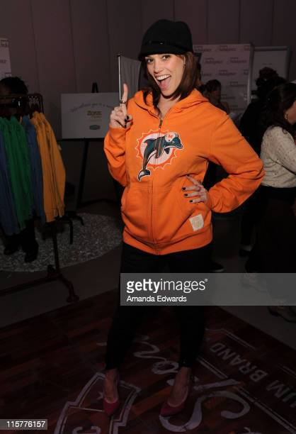 Singer Jessica Sutta poses at Retro Sport during the Kari Feinstein Golden Globes Style Lounge at Zune LA on January 15 2010 in Los Angeles California