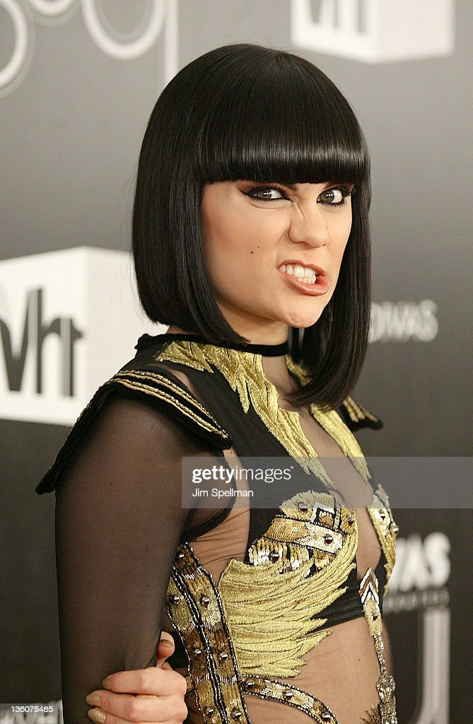 Singer <a gi-track='captionPersonalityLinkClicked' href=/galleries/search?phrase=Jessie+J&family=editorial&specificpeople=5737661 ng-click='$event.stopPropagation()'>Jessie J</a> attends 2011 VH1 Divas Celebrates Soul at the Hammerstein Ballroom on December 18, 2011 in New York City.