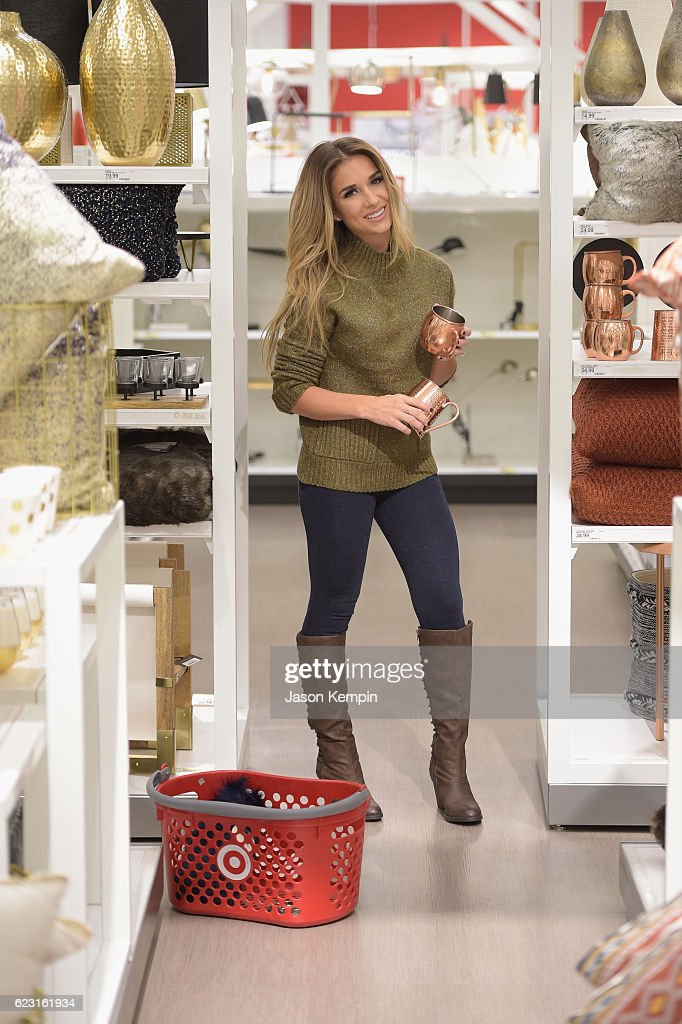 Home Entertaining jessie james decker shops game day entertaining essentials at new