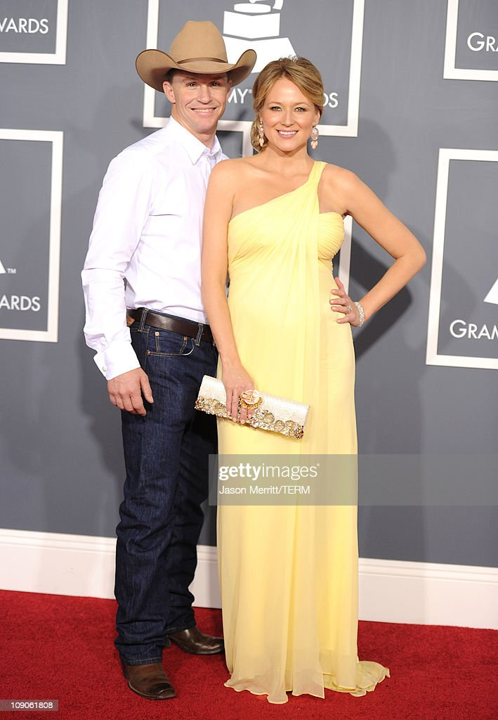 Singer Jewel and rodeo rider <a gi-track='captionPersonalityLinkClicked' href=/galleries/search?phrase=Ty+Murray&family=editorial&specificpeople=669783 ng-click='$event.stopPropagation()'>Ty Murray</a> arrive at The 53rd Annual GRAMMY Awards held at Staples Center on February 13, 2011 in Los Angeles, California.