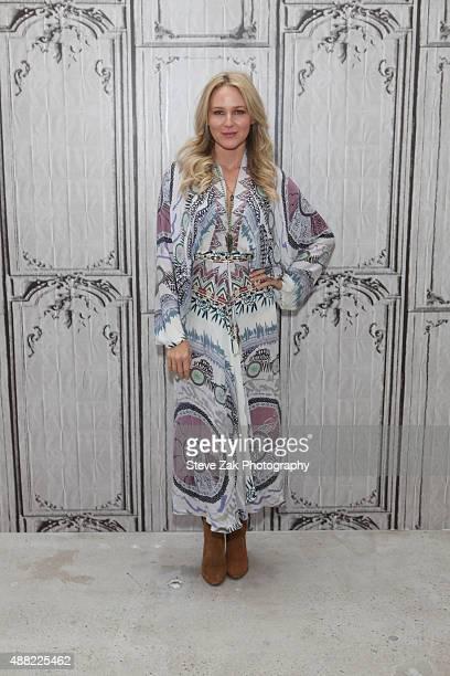 Singer Jewel attends AOL BUILD Speaker Series at AOL Studios In New York on September 14 2015 in New York City