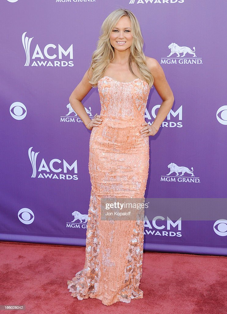 Singer Jewel Kilcher arrives at the 48th Annual Academy Of Country Music Awards at MGM Grand Garden Arena on April 7, 2013 in Las Vegas, Nevada.