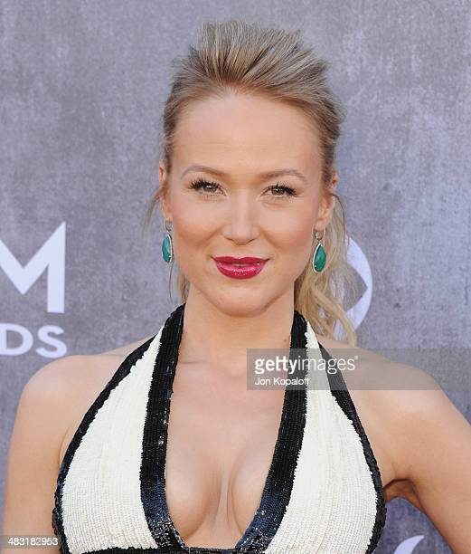 Singer Jewel Kilcher arrives at the 49th Annual Academy Of Country Music Awards at the MGM Grand Hotel and Casino on April 6 2014 in Las Vegas Nevada