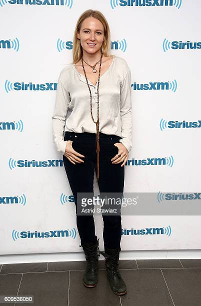 Singer Jewel Kilcher visits the SiriusXM Studios on September 21 2016 in New York City