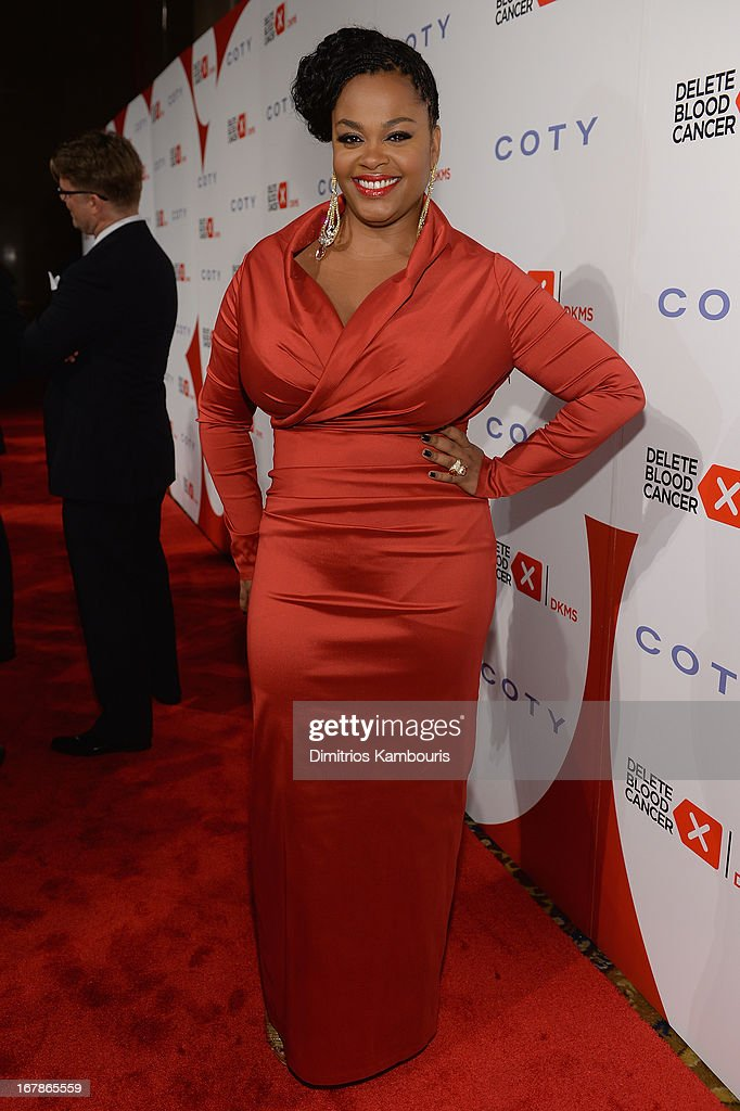Singer Jill Scott attends the 2013 Delete Blood Cancer Gala honoring Vera Wang, Leighton Meester and Suzi Weiss-Fischmann on May 1, 2013 in New York City.