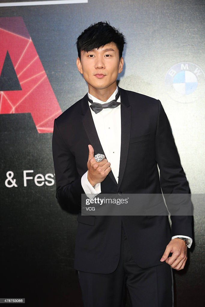 Singer <a gi-track='captionPersonalityLinkClicked' href=/galleries/search?phrase=JJ+Lin&family=editorial&specificpeople=3868242 ng-click='$event.stopPropagation()'>JJ Lin</a> arrives at the red carpet of 26th Golden Melody Awards 7 Festival on June 27, 23015 in Taipei, Taiwan of China.