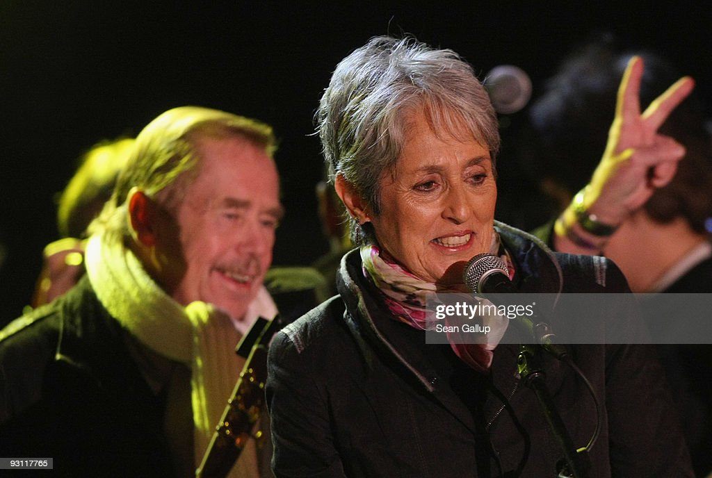 Singer <a gi-track='captionPersonalityLinkClicked' href=/galleries/search?phrase=Joan+Baez&family=editorial&specificpeople=208162 ng-click='$event.stopPropagation()'>Joan Baez</a> and former Czech President <a gi-track='captionPersonalityLinkClicked' href=/galleries/search?phrase=Vaclav+Havel&family=editorial&specificpeople=202931 ng-click='$event.stopPropagation()'>Vaclav Havel</a> greet spectators at a concert in commemoration of the 20th anniversary of the Velvet Revolution on November 17, 2009 in Prague, Czech Republic. The concert succeeded a march by people who followed the same route taken by student demonstrators in 1989 until a violent intervention by riot police in what was then communist Czechoslovakia. The event sparked a series of much larger protests and strikes that ended with the relinquishment of power by the communist authorities in December, 1989, paving the way for the democratic election of a post-communist government under the leadership of then President Havel.