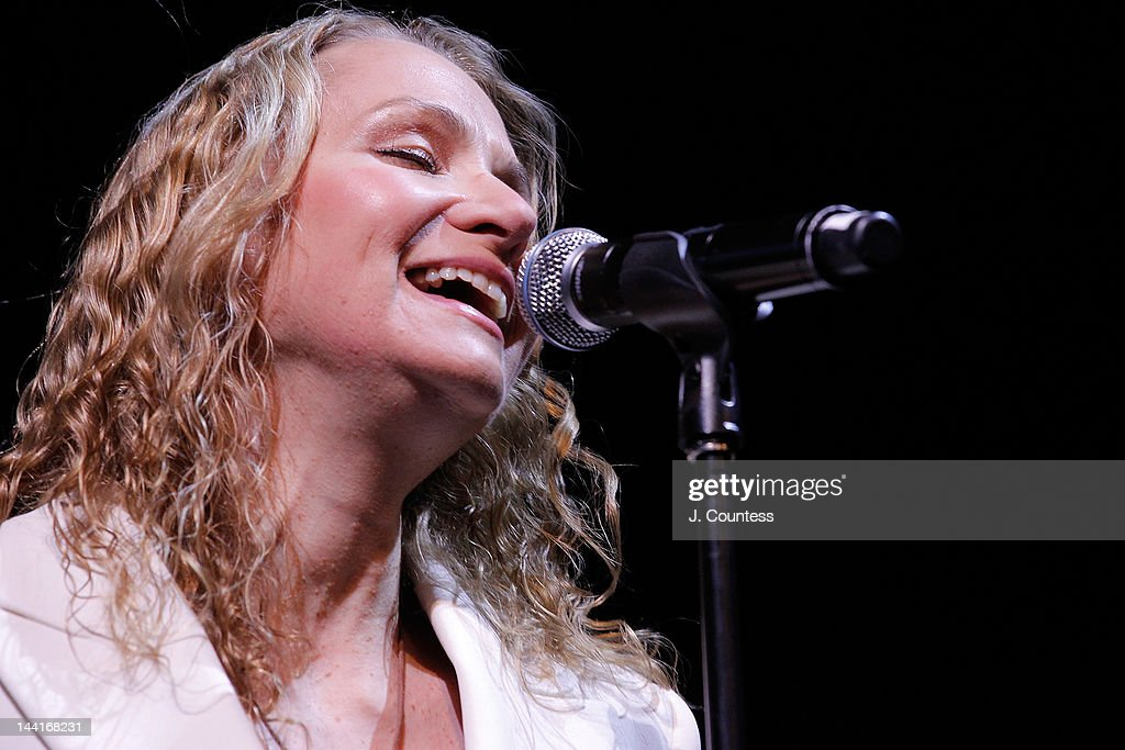 Singer Joan Osborne performs at the 5th annual WFUV Radio Spring Gala at Gotham Hall on May 10, 2012 in New York City.