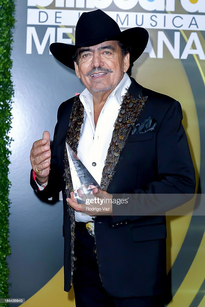 Singer <a gi-track='captionPersonalityLinkClicked' href=/galleries/search?phrase=Joan+Sebastian&family=editorial&specificpeople=2235175 ng-click='$event.stopPropagation()'>Joan Sebastian</a> displays his awards at the 2013 Billboard Mexican Music Awards Press Room at Dolby Theatre on October 9, 2013 in Hollywood, California.