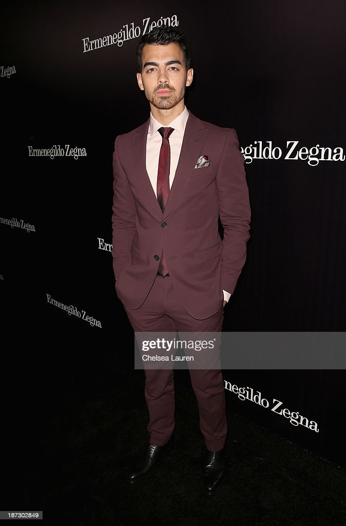 Singer <a gi-track='captionPersonalityLinkClicked' href=/galleries/search?phrase=Joe+Jonas&family=editorial&specificpeople=842712 ng-click='$event.stopPropagation()'>Joe Jonas</a> attends Ermenegildo Zegna Global Store Opening hosted by Gildo Zegna and Stefano Pilati at Ermenegildo Zegna Boutique on November 7, 2013 in Beverly Hills, California.