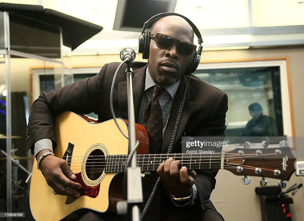 Singer Joe performs live on Heart & Soul's 'Up Close & Personal' at SiriusXM Studios on June 20, 2013 in New York City.
