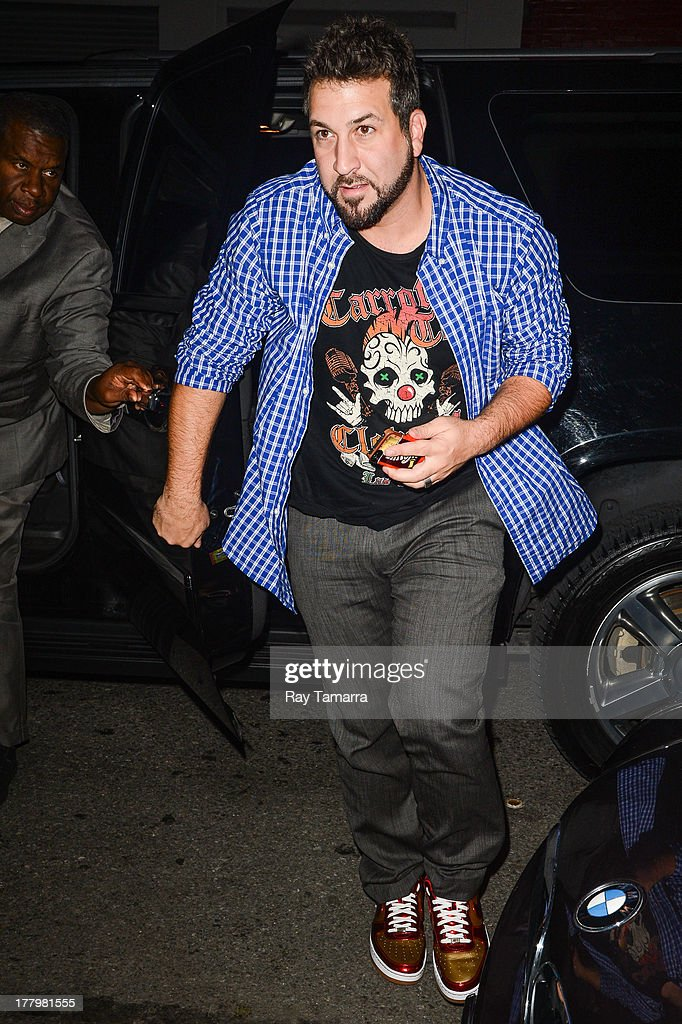 Singer <a gi-track='captionPersonalityLinkClicked' href=/galleries/search?phrase=Joey+Fatone&family=editorial&specificpeople=204237 ng-click='$event.stopPropagation()'>Joey Fatone</a> enters the Dream Downtown hotel on August 25, 2013 in New York City.