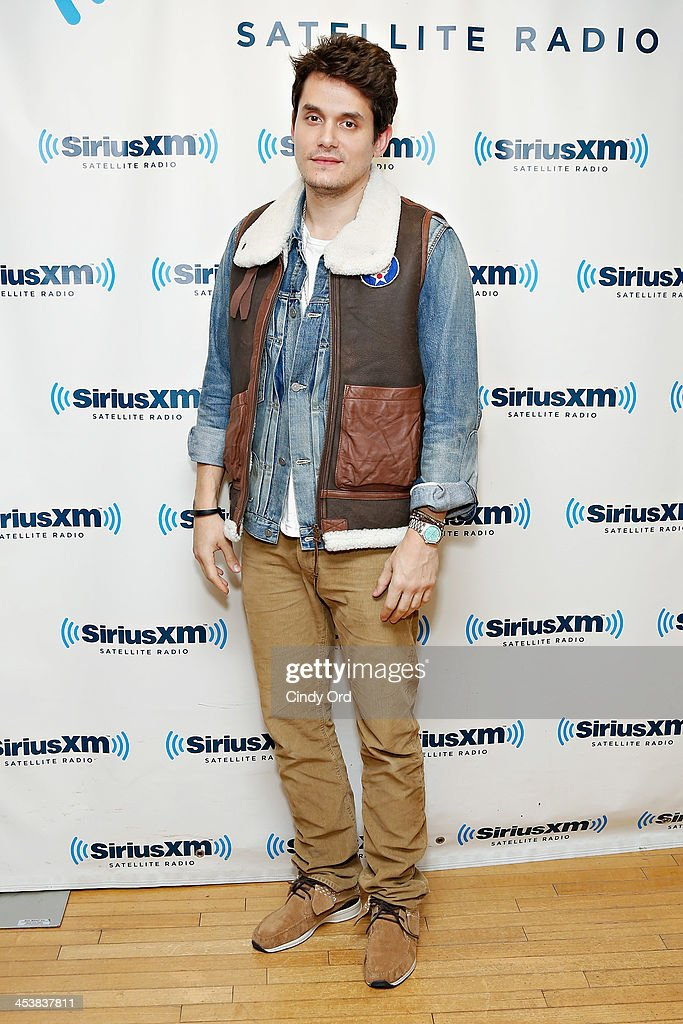 Singer <a gi-track='captionPersonalityLinkClicked' href=/galleries/search?phrase=John+Mayer&family=editorial&specificpeople=201930 ng-click='$event.stopPropagation()'>John Mayer</a> visits the SiriusXM Studios on December 5, 2013 in New York City.
