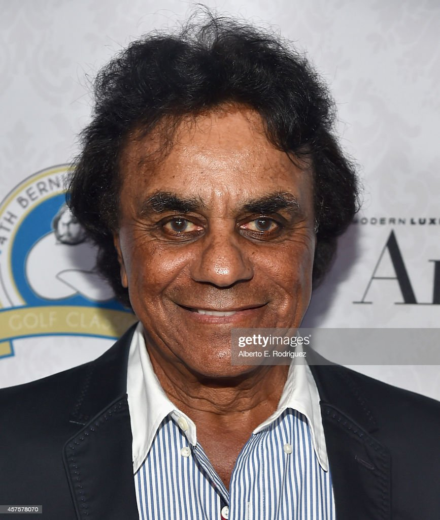 Singer Johnny Mathis attends the Barlow Respiratory Hospitals 4th Annual Bernie Brillstein Golf Classic Awards Dinner at the Wilshire Country Club on...