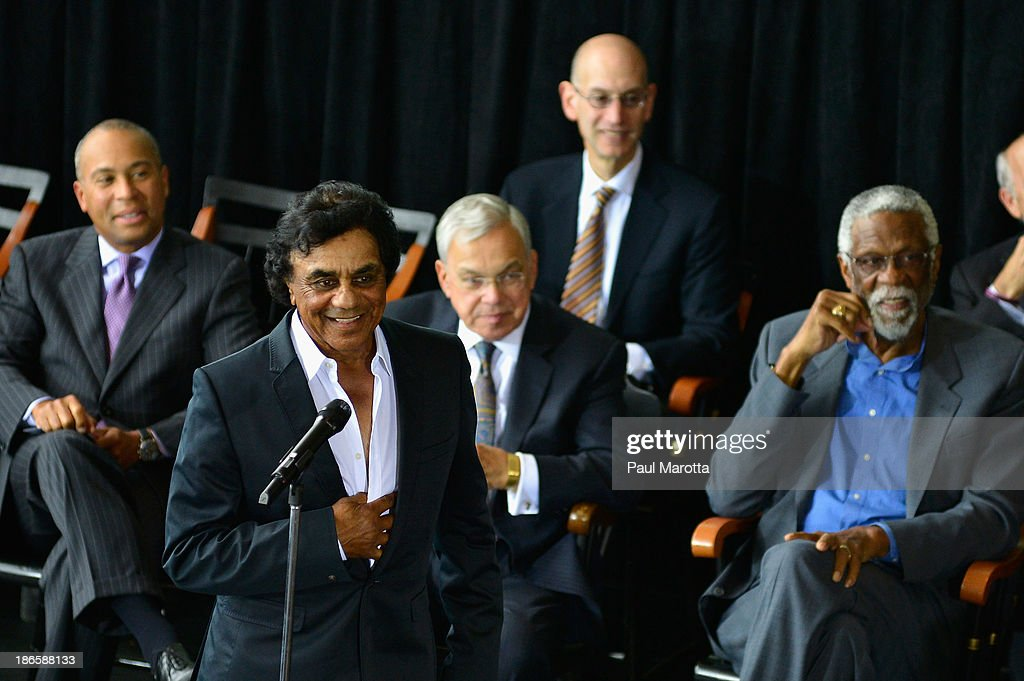 Singer <a gi-track='captionPersonalityLinkClicked' href=/galleries/search?phrase=Johnny+Mathis&family=editorial&specificpeople=597901 ng-click='$event.stopPropagation()'>Johnny Mathis</a> attends the unveiling of the statue in honor of Celtics legend Bill Russell by artist Ann Hirsch at Boston City Hall Plaza on November 1, 2013 in Boston, Massachusetts.