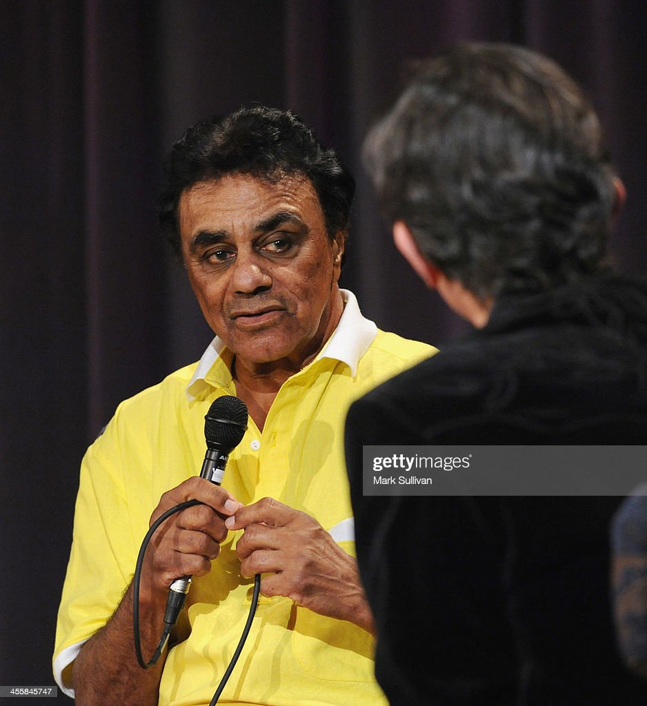 Singer <a gi-track='captionPersonalityLinkClicked' href=/galleries/search?phrase=Johnny+Mathis&family=editorial&specificpeople=597901 ng-click='$event.stopPropagation()'>Johnny Mathis</a> onstage during An Evening With <a gi-track='captionPersonalityLinkClicked' href=/galleries/search?phrase=Johnny+Mathis&family=editorial&specificpeople=597901 ng-click='$event.stopPropagation()'>Johnny Mathis</a> at The GRAMMY Museum on December 12, 2013 in Los Angeles, California.