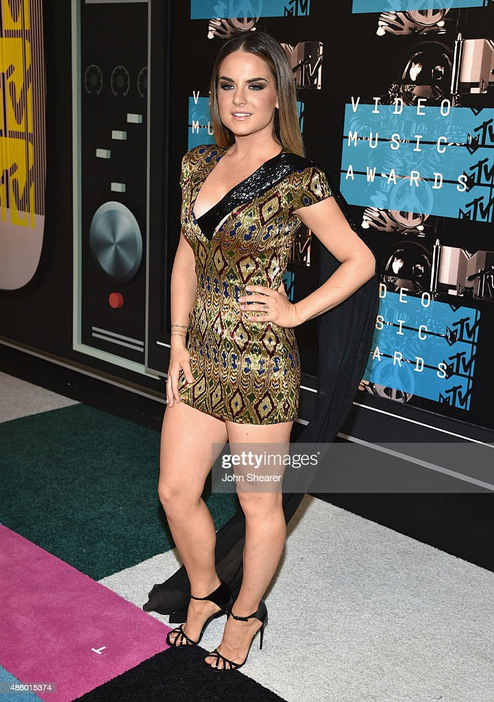 Singer <a gi-track='captionPersonalityLinkClicked' href=/galleries/search?phrase=JoJo+-+Singer&family=editorial&specificpeople=202981 ng-click='$event.stopPropagation()'>JoJo</a> attends the 2015 MTV Video Music Awards at Microsoft Theater on August 30, 2015 in Los Angeles, California.