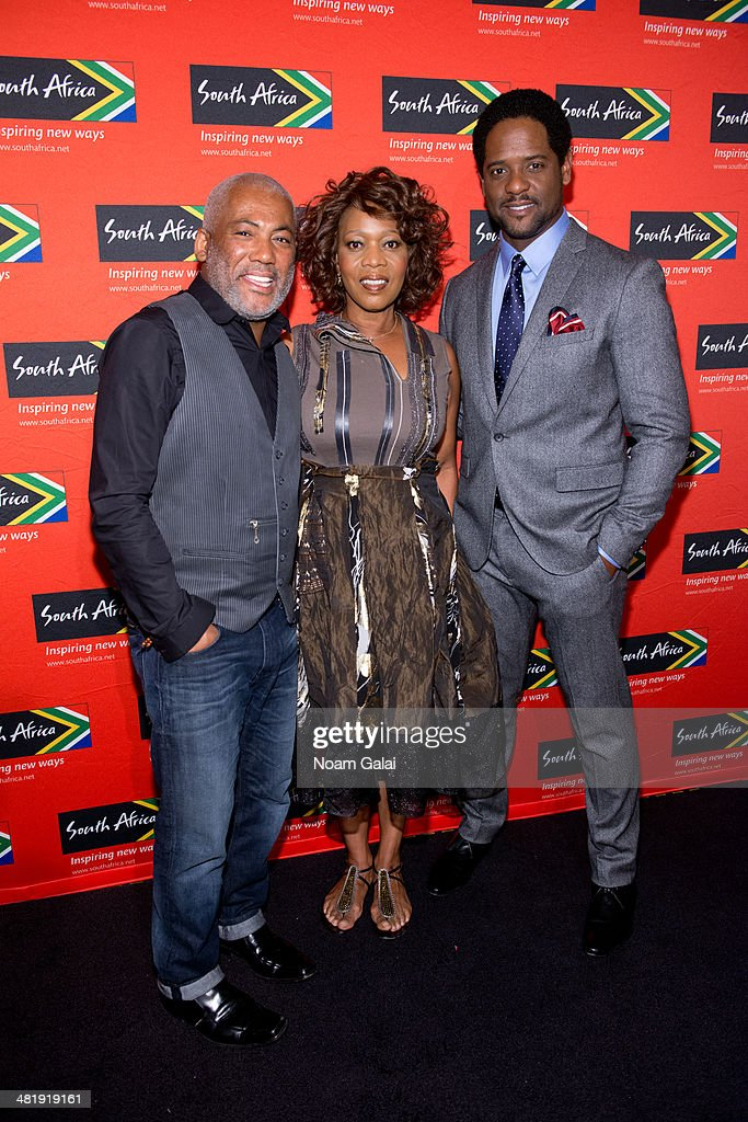 Singer <a gi-track='captionPersonalityLinkClicked' href=/galleries/search?phrase=Jonathan+Butler+-+Musician&family=editorial&specificpeople=15259045 ng-click='$event.stopPropagation()'>Jonathan Butler</a>, actress <a gi-track='captionPersonalityLinkClicked' href=/galleries/search?phrase=Alfre+Woodard&family=editorial&specificpeople=220969 ng-click='$event.stopPropagation()'>Alfre Woodard</a> and actor <a gi-track='captionPersonalityLinkClicked' href=/galleries/search?phrase=Blair+Underwood&family=editorial&specificpeople=215367 ng-click='$event.stopPropagation()'>Blair Underwood</a> attend the 2014 Ubuntu Awards at Gotham Hall on April 1, 2014 in New York City.