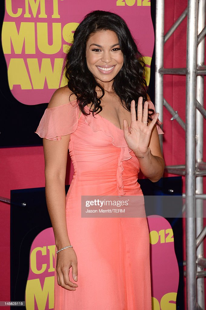 Singer <a gi-track='captionPersonalityLinkClicked' href=/galleries/search?phrase=Jordin+Sparks&family=editorial&specificpeople=4165535 ng-click='$event.stopPropagation()'>Jordin Sparks</a> arrives at the 2012 CMT Music awards at the Bridgestone Arena on June 6, 2012 in Nashville, Tennessee.
