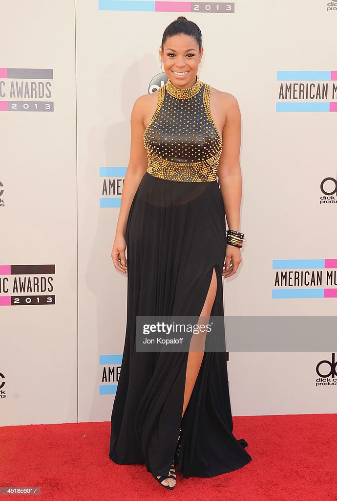 Singer <a gi-track='captionPersonalityLinkClicked' href=/galleries/search?phrase=Jordin+Sparks&family=editorial&specificpeople=4165535 ng-click='$event.stopPropagation()'>Jordin Sparks</a> arrives at the 2013 American Music Awards at Nokia Theatre L.A. Live on November 24, 2013 in Los Angeles, California.