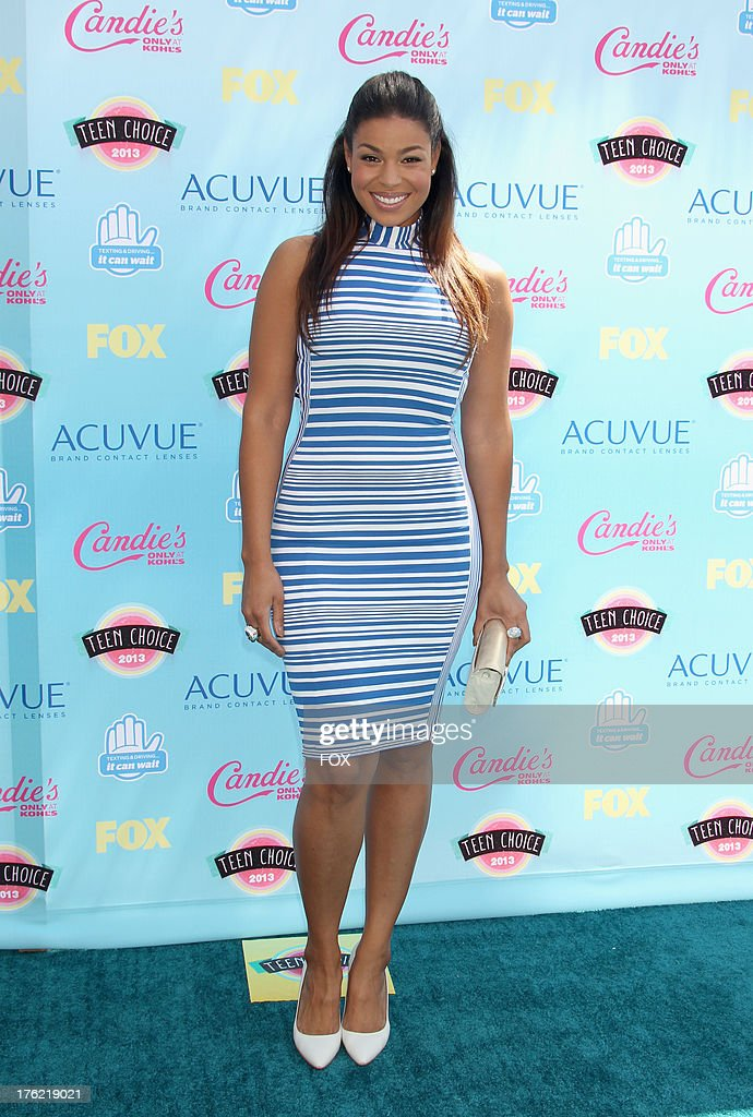 Singer <a gi-track='captionPersonalityLinkClicked' href=/galleries/search?phrase=Jordin+Sparks&family=editorial&specificpeople=4165535 ng-click='$event.stopPropagation()'>Jordin Sparks</a> arrives at the Fox Teen Choice Awards 2013 held at the Gibson Amphitheatre on August 11, 2013 in Los Angeles, California.