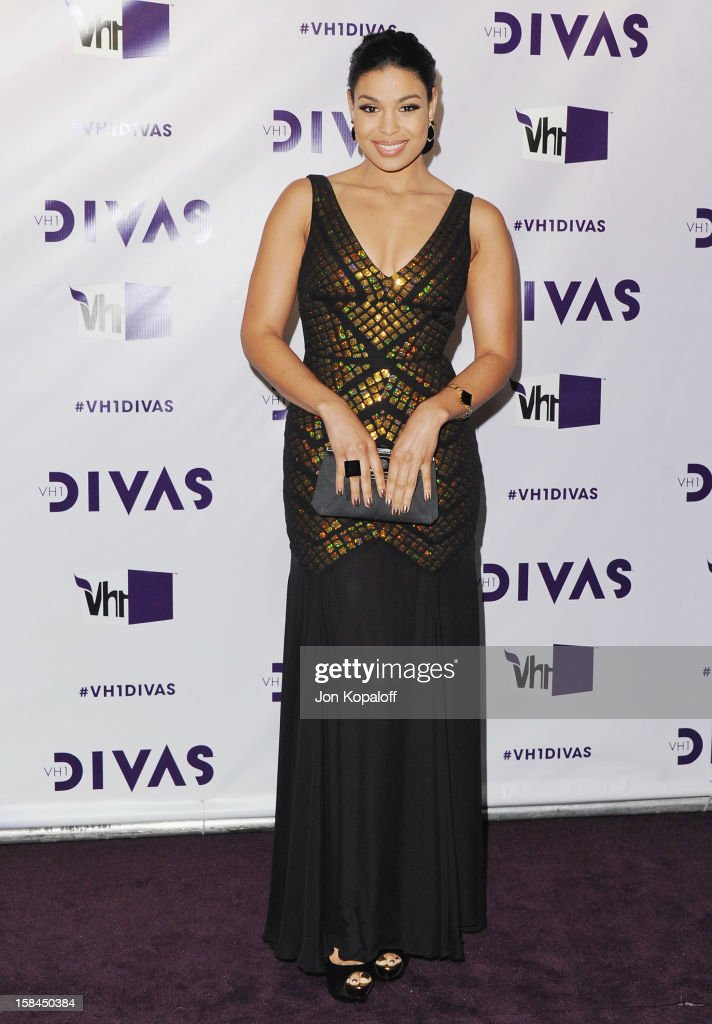Singer <a gi-track='captionPersonalityLinkClicked' href=/galleries/search?phrase=Jordin+Sparks&family=editorial&specificpeople=4165535 ng-click='$event.stopPropagation()'>Jordin Sparks</a> arrives at the 'VH1 Divas' 2012 at The Shrine Auditorium on December 16, 2012 in Los Angeles, California.