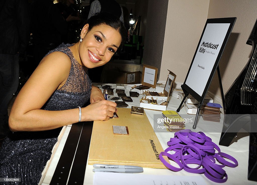 Singer <a gi-track='captionPersonalityLinkClicked' href=/galleries/search?phrase=Jordin+Sparks&family=editorial&specificpeople=4165535 ng-click='$event.stopPropagation()'>Jordin Sparks</a> attends the Backstage Creations Celebrity Retreat at the American Country Awards at MGM Grand Garden Arena on December 5, 2011 in Las Vegas, Nevada.