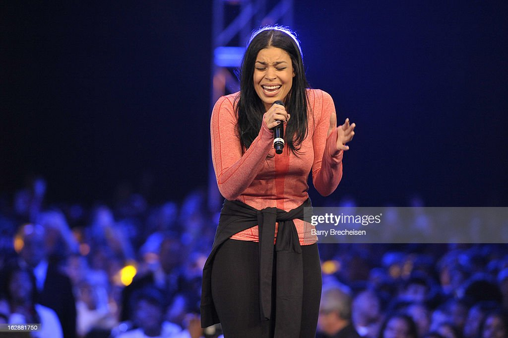 Singer <a gi-track='captionPersonalityLinkClicked' href=/galleries/search?phrase=Jordin+Sparks&family=editorial&specificpeople=4165535 ng-click='$event.stopPropagation()'>Jordin Sparks</a> performs during the unveiling of a new initiative called 'Let's Move Active Schools' to help schools create a physical activity programs for students at McCormick Place on February 28, 2013 in Chicago, Illinois.
