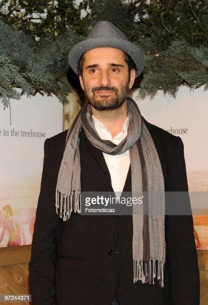 Singer Jorge Drexler attends the launch of Marlango new album 'Life In The TreeHouse' at the Lara Theatre on March 1 2010 in Madrid Spain