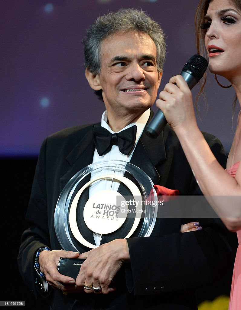 Singer José José Winner of the Special Achievement in Music 50 Years accepts the award onstage at the '2013 Latinos de Hoy Awards' Sponsored by...