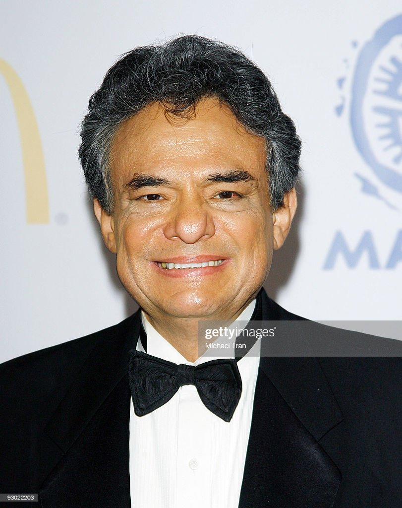 Singer Jose Jose arrives at MALDEF's 35th Annual Los Angeles Awards Gala held at the Westin Bonaventure Hotel on November 12 2009 in Los Angeles...