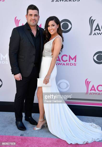 Singer Josh Gracin and Katie Weir attend the 52nd Academy Of Country Music Awards at Toshiba Plaza on April 2 2017 in Las Vegas Nevada