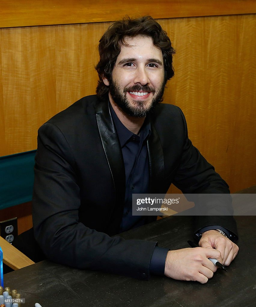 """Josh Groban Signs Copies Of His CD """"Stages"""""""