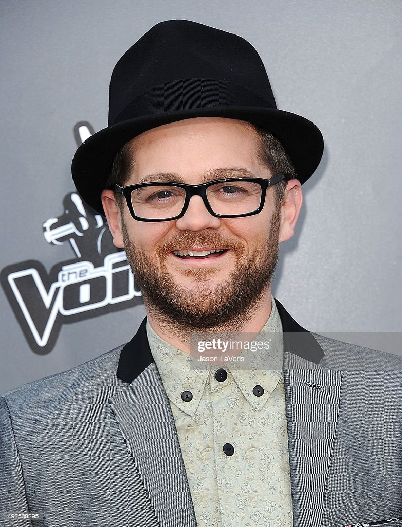 Singer <a gi-track='captionPersonalityLinkClicked' href=/galleries/search?phrase=Josh+Kaufman&family=editorial&specificpeople=9068614 ng-click='$event.stopPropagation()'>Josh Kaufman</a> attends 'The Voice' season 6 top 12 red carpet event at Universal CityWalk on April 15, 2014 in Universal City, California.