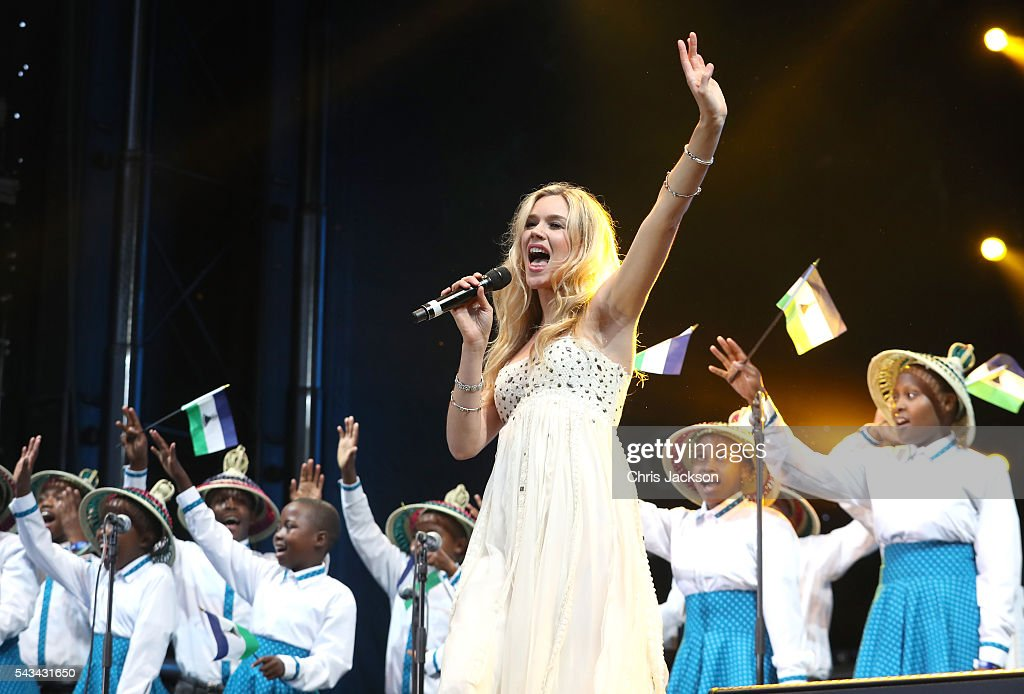 Singer Joss Stone and the Basotho Children's choir perform on stage during the Sentebale Concert at Kensington Palace on June 28, 2016 in London, England. Sentebale was founded by Prince Harry and Prince Seeiso of Lesotho over ten years ago. It helps the vulnerable and HIV positive children of Lesotho and Botswana.