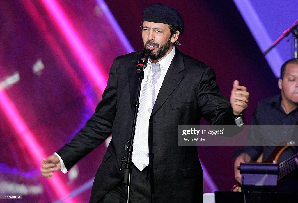 Singer <a gi-track='captionPersonalityLinkClicked' href=/galleries/search?phrase=Juan+Luis+Guerra&family=editorial&specificpeople=208921 ng-click='$event.stopPropagation()'>Juan Luis Guerra</a> performs onstage at the 2007 Latin Recording Academy Person of the Year honoring <a gi-track='captionPersonalityLinkClicked' href=/galleries/search?phrase=Juan+Luis+Guerra&family=editorial&specificpeople=208921 ng-click='$event.stopPropagation()'>Juan Luis Guerra</a> held at the Mandalay Bay Convention Center on November 7, 2007 in Las Vegas, Nevada.