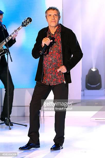 Singer Julien Clerc performs and presents his album 'Partout la musique vient' during the 'Vivement Dimanche' French TV Show Held at Pavillon Gabriel...