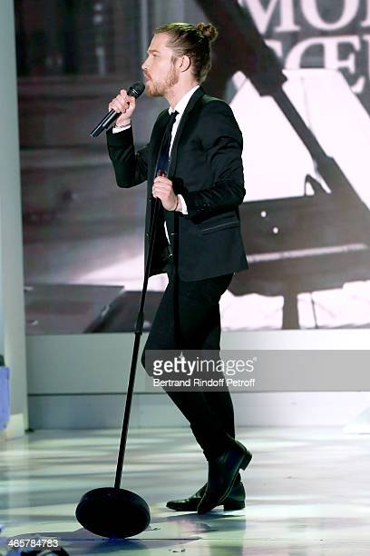 Singer Julien Dore performs at 'Vivement Dimanche' French TV show at Pavillon Gabriel on January 29 2014 in Paris France