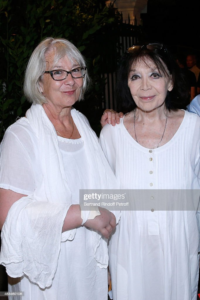 Singer <a gi-track='captionPersonalityLinkClicked' href=/galleries/search?phrase=Juliette+Greco&family=editorial&specificpeople=210869 ng-click='$event.stopPropagation()'>Juliette Greco</a> (R) and her daughter Laurence attend the Alex Lutz Show during the 31th Ramatuelle Festival : Day 8, on August 8, 2015 in Ramatuelle, France.