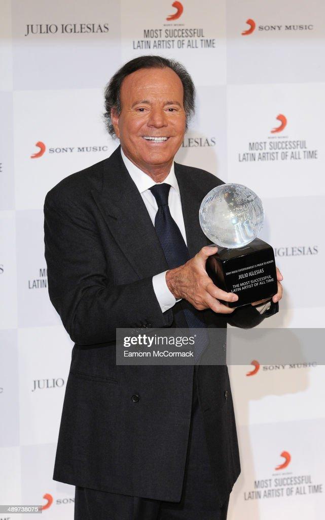 Julio Iglesias honoured By Sony Music