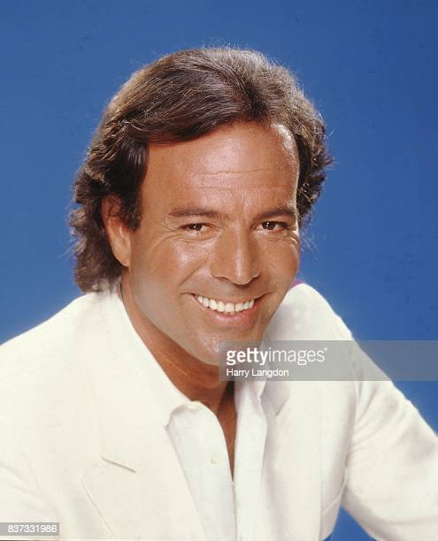 Singer Julio Iglesias poses for a portrait in 1983 in Los Angeles California