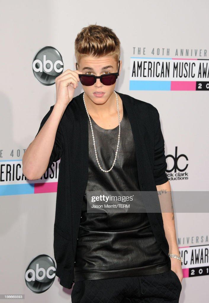 Singer Justin Bieber attends the 40th American Music Awards held at Nokia Theatre L.A. Live on November 18, 2012 in Los Angeles, California.