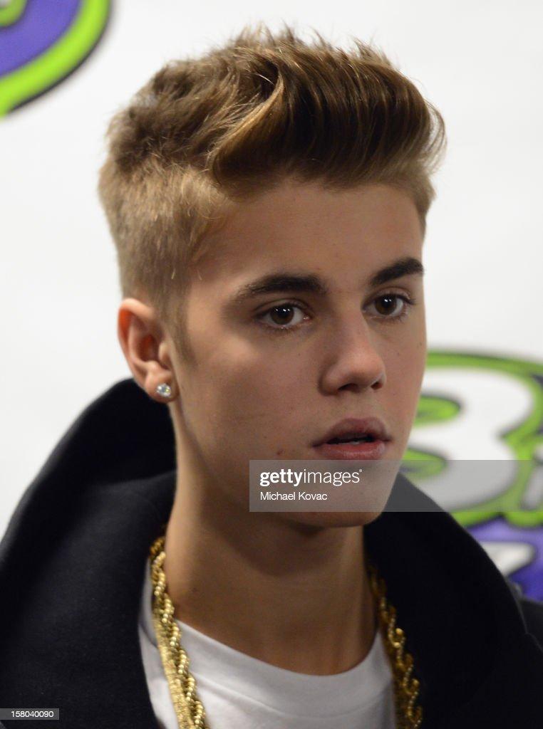 Singer Justin Bieber backstage at 93.3 FLZ's Jingle Ball 2012 at Tampa Bay Times Forum on December 9, 2012 in Tampa, Florida.