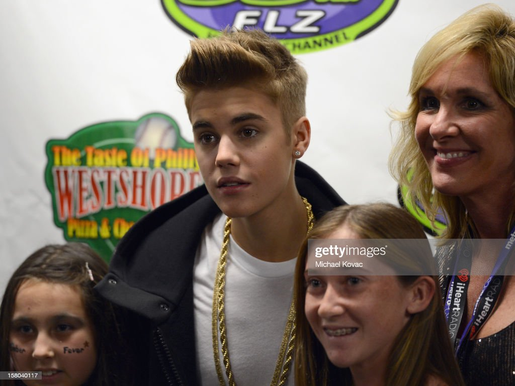 Singer <a gi-track='captionPersonalityLinkClicked' href=/galleries/search?phrase=Justin+Bieber&family=editorial&specificpeople=5780923 ng-click='$event.stopPropagation()'>Justin Bieber</a> backstage at 93.3 FLZ's Jingle Ball 2012 at Tampa Bay Times Forum on December 9, 2012 in Tampa, Florida.