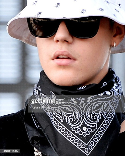 Singer <a gi-track='captionPersonalityLinkClicked' href=/galleries/search?phrase=Justin+Bieber&family=editorial&specificpeople=5780923 ng-click='$event.stopPropagation()'>Justin Bieber</a> performs with Chance The Rapper during Day 3 of the 2014 Coachella Valley Music & Arts Festival at the Empire Polo Club on April 13, 2014 in Indio, California.