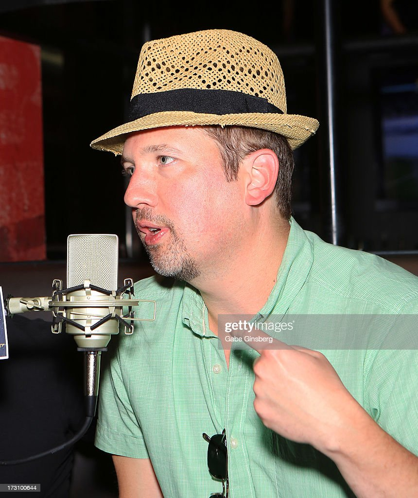 Singer <a gi-track='captionPersonalityLinkClicked' href=/galleries/search?phrase=Justin+Jeffre&family=editorial&specificpeople=994982 ng-click='$event.stopPropagation()'>Justin Jeffre</a> of 98 Degrees is interviewed on the 'On Air With Robert & CC' podcast at the PBR Rock Bar & Grill inside the Miracle Mile Shops at Planet Hollywood Resort & Casino on July 6, 2013 in Las Vegas, Nevada.