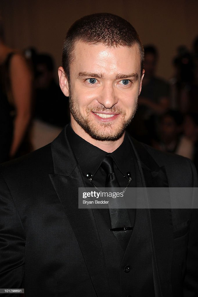 Singer <a gi-track='captionPersonalityLinkClicked' href=/galleries/search?phrase=Justin+Timberlake&family=editorial&specificpeople=157482 ng-click='$event.stopPropagation()'>Justin Timberlake</a> attends the Metropolitan Museum of Art's 2010 Costume Institute Ball at The Metropolitan Museum of Art on May 3, 2010 in New York City.