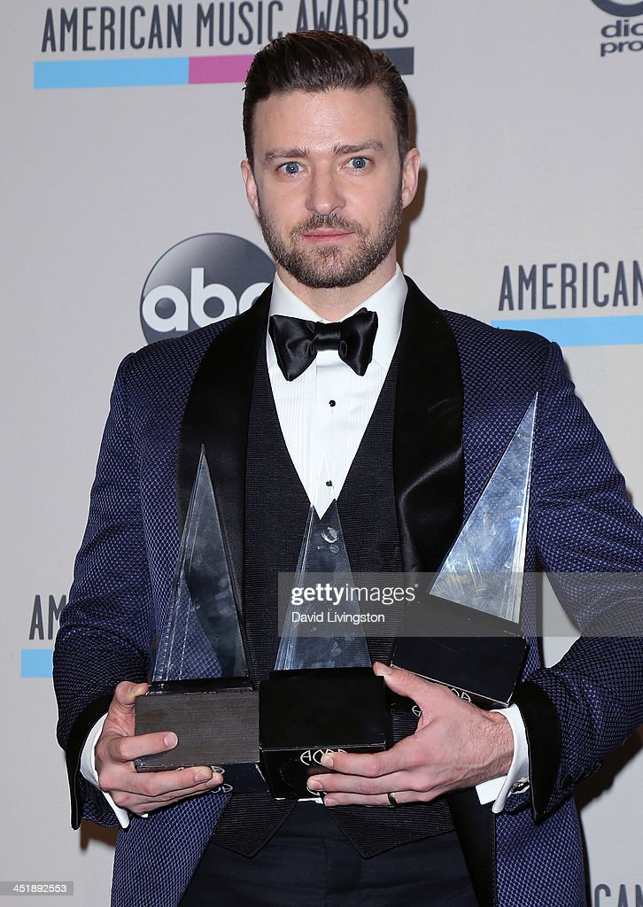 Singer <a gi-track='captionPersonalityLinkClicked' href=/galleries/search?phrase=Justin+Timberlake&family=editorial&specificpeople=157482 ng-click='$event.stopPropagation()'>Justin Timberlake</a> poses in the press room at the 2013 American Music Awards at Nokia Theatre L.A. Live on November 24, 2013 in Los Angeles, California.