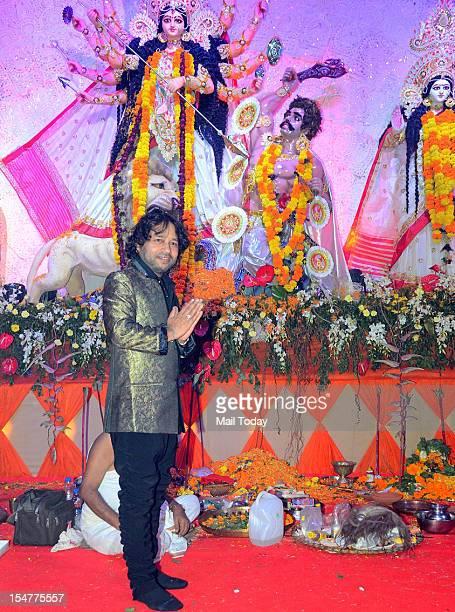 Singer Kailash Kher at North Bombay Sarbojanin Durga Puja in Mumbai